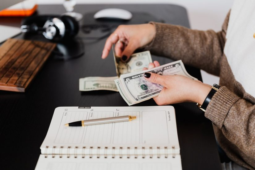 How Payroll Outsourcing for Accountants Can be A Profitable Add-On Service?